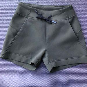 Lululemon drawstring shorts